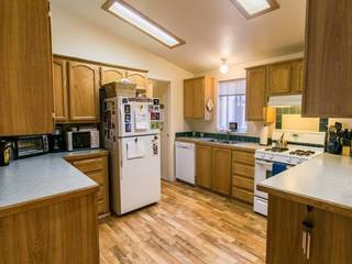 Listing Image 4 for 10100 Pioneer Trail, Truckee, CA 96161