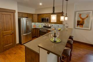 Listing Image 4 for 11541 Dolomite Way, Truckee, CA 96161