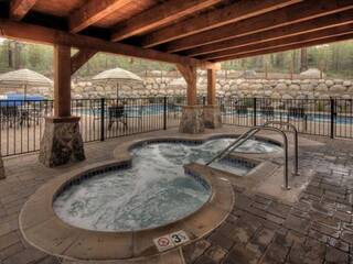 Listing Image 8 for 10841 Cinnabar Way, Truckee, CA 96161