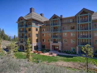 Listing Image 2 for 13051 Ritz Carlton Highlands Ct, Truckee, CA 96161