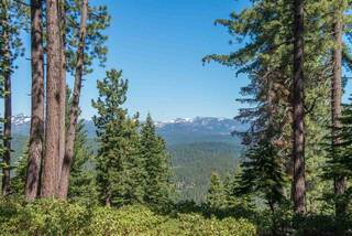Listing Image 1 for 1942 Gray Wolf, Truckee, CA 96161