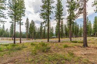 Listing Image 2 for 8172 Fallen Leaf Way, Truckee, CA 96161