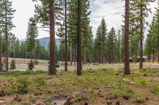Listing Image 5 for 8172 Fallen Leaf Way, Truckee, CA 96161