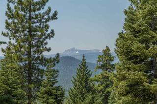 Listing Image 1 for 2362 Overlook Place, Truckee, CA 96161