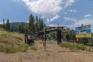 Listing Image 2 for 2362 Overlook Place, Truckee, CA 96161