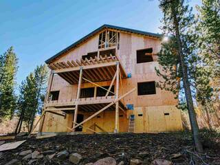 Listing Image 3 for 13779 Northwoods Boulevard, Truckee, CA 96161