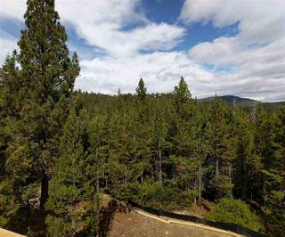 Listing Image 6 for 13779 Northwoods Boulevard, Truckee, CA 96161