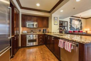 Listing Image 7 for 13051 Ritz Carlton Highlands Ct, Truckee, CA 96161