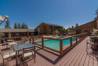 Listing Image 13 for 11527 Snowpeak Way, Truckee, CA 96161