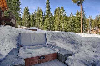 Listing Image 4 for 14040 Trailside Loop, Truckee, CA 96161