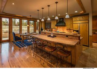 Listing Image 4 for 13006 Lookout Loop, Truckee, CA 96161