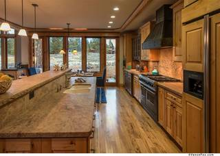 Listing Image 5 for 13006 Lookout Loop, Truckee, CA 96161