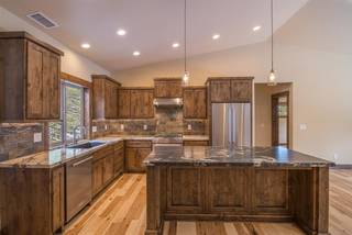Listing Image 4 for 12913 Hillside Drive, Truckee, CA 96161