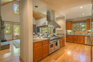 Listing Image 3 for 2104 Eagle Feather, Truckee, CA 96161