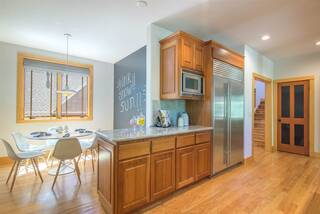 Listing Image 4 for 2104 Eagle Feather, Truckee, CA 96161