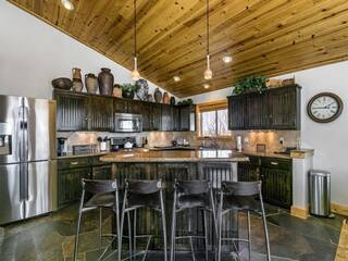 Listing Image 4 for 16418 Skislope Way, Truckee, CA 96161