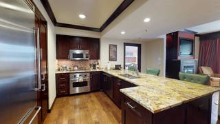 Listing Image 8 for 13051 Ritz Carlton Highlands Ct, Truckee, CA 96161-4257