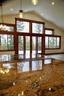 Listing Image 3 for 10845 Laurelwood Drive, Truckee, CA 96161