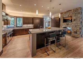 Listing Image 7 for 8214 Valhalla Drive, Truckee, CA 96161