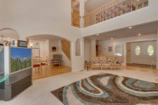 Listing Image 2 for 15244 Swiss Lane, Truckee, CA 96161
