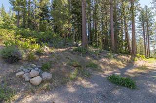 Listing Image 4 for 10455 Donner Lake Road, Truckee, CA 96161-0000