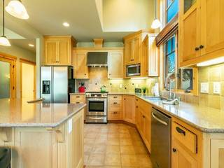 Listing Image 8 for 9821 Brittany Place, Truckee, CA 96145-0407