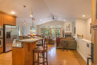 Listing Image 4 for 10518 Laurelwood Drive, Truckee, CA 96161