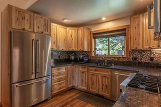Listing Image 8 for 13770 Pathway Avenue, Truckee, CA 96161