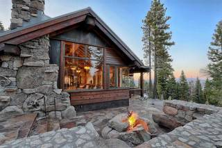 Listing Image 1 for 2515 N Summit Place, Truckee, CA 96161-0000