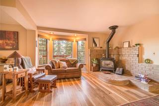Listing Image 4 for 10380 Snowshoe Circle, Truckee, CA 96161