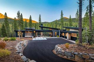 Listing Image 1 for 10925 Wyntoon Court, Truckee, CA 96161