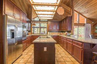 Listing Image 5 for 11881 Skislope Way, Truckee, CA 96161-0000