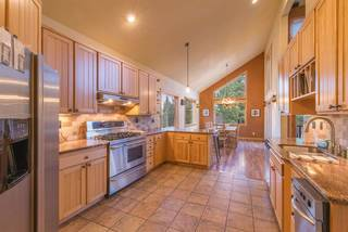 Listing Image 8 for 12276 Stockholm Way, Truckee, CA 96161