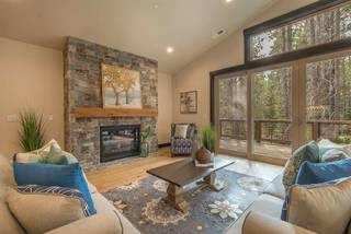 Listing Image 2 for 11445 Oslo Drive, Truckee, CA 96161