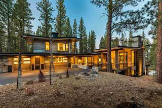 Listing Image 2 for 8625 Benvenuto Court, Truckee, CA 96161