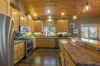 Listing Image 3 for 10401 Saint James Place, Truckee, CA 96161