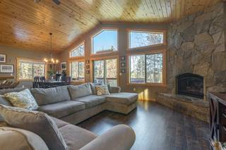 Listing Image 4 for 10401 Saint James Place, Truckee, CA 96161