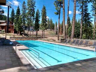 Listing Image 3 for 14057 Trailside Loop, Truckee, CA 96161