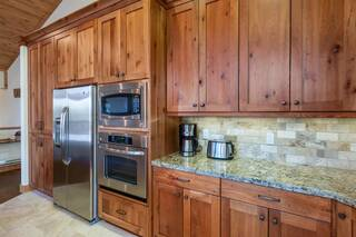Listing Image 6 for 14323 Wolfgang Road, Truckee, CA 96161-0000