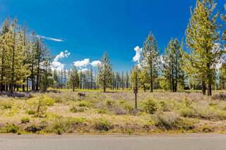 Listing Image 2 for 11662 Henness Road, Truckee, CA 96161
