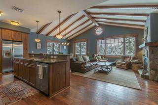 Listing Image 4 for 10215 Annies Loop, Truckee, CA 96161