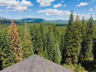 Listing Image 2 for 12197 Skislope Way, Truckee, CA 96161