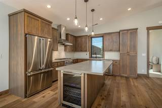 Listing Image 7 for 12197 Skislope Way, Truckee, CA 96161