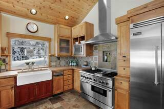 Listing Image 12 for 14090 Skislope Way, Truckee, CA 96161