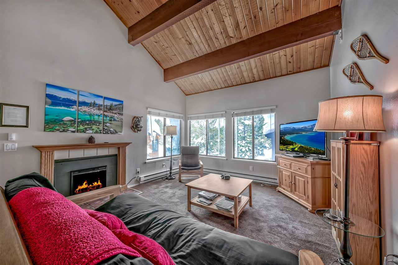 Image for 11533 Snowpeak Way, Truckee, CA 96161-5430