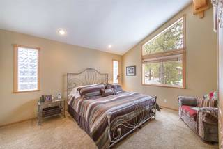 Listing Image 17 for 13271 Roundhill Drive, Truckee, CA 96161-0000