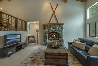 Listing Image 10 for 1626 Deer Path, Truckee, CA 96161
