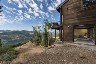 Listing Image 19 for 12184 Skislope Way, Truckee, CA 96161