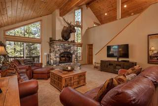 Listing Image 3 for 13271 Roundhill Drive, Truckee, CA 96161-0000