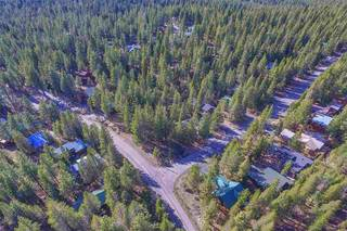 Listing Image 14 for 11724 Brookstone Drive, Truckee, CA 96161-0000